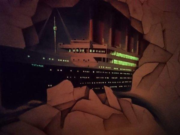 Iluzivní malba lodi Titanic