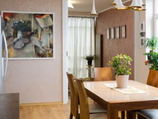 florentská antická zemina použita v jídelní části domu